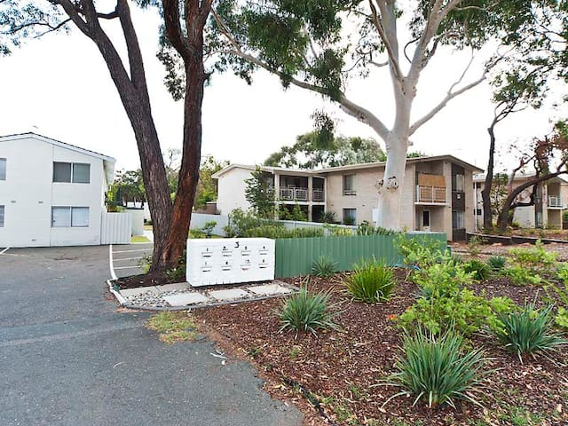 Park-side Suites near KEMHospital 2 - Jolimont - Apartment
