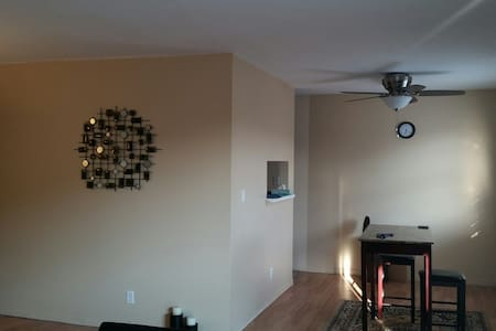 Furnished - 2 bdr apt Coralville - Coralville - Appartement