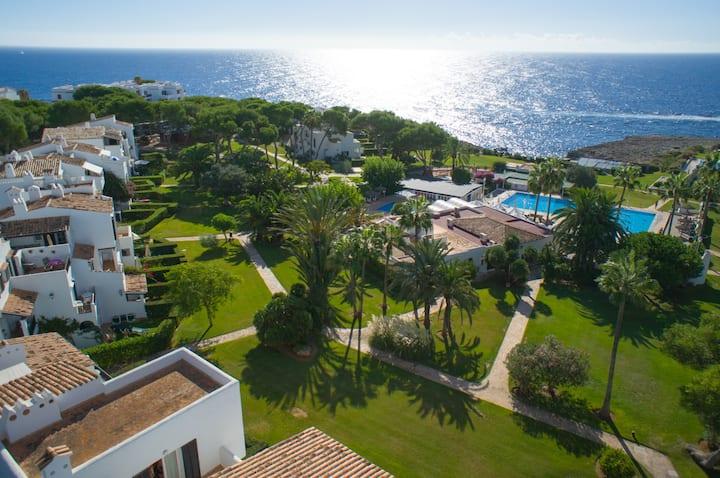 Oasis,relax, jardín, mar  acantilados y estrellas