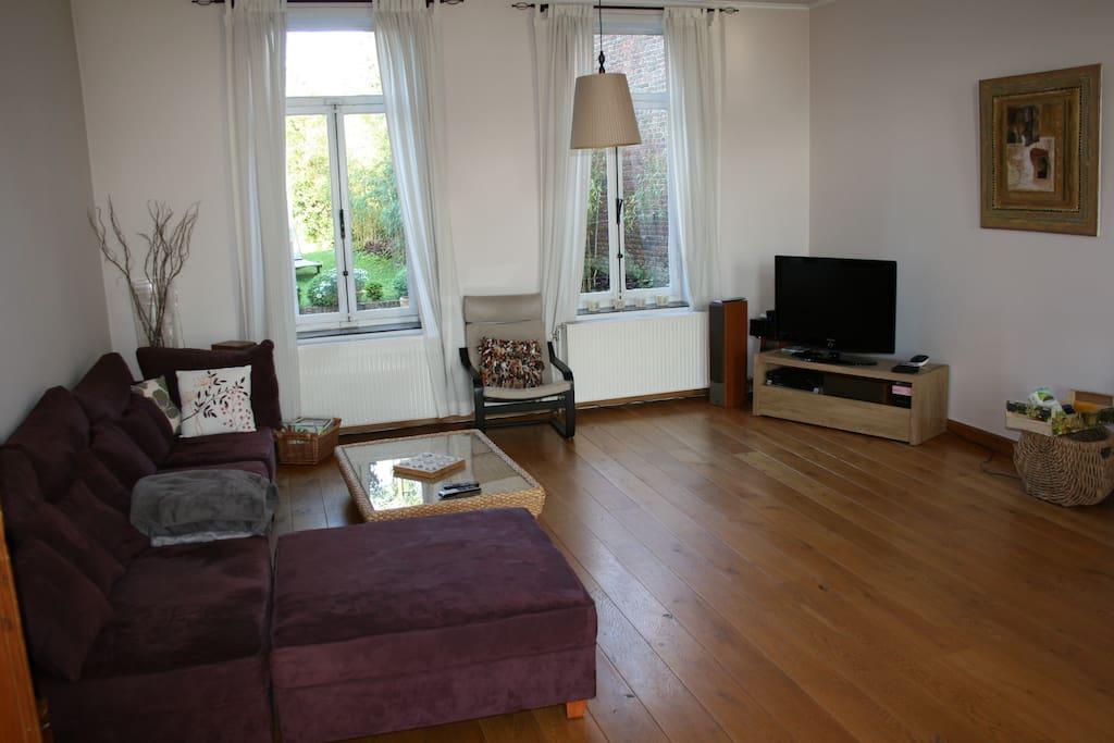 old parquet / 60 m²