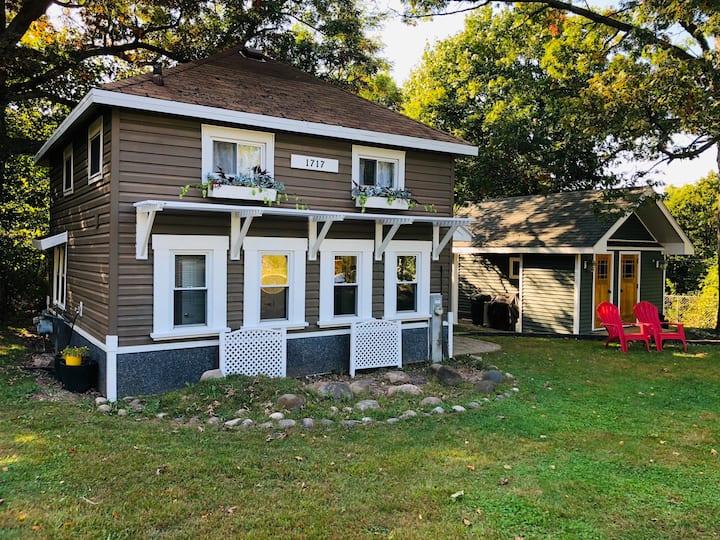 Cozy Cottage - Delavan Lake - Assembly Park