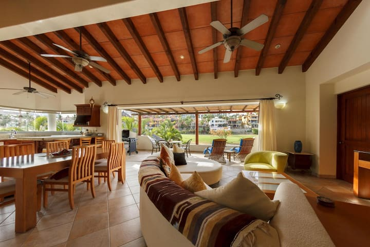 Luxurious Villa, walk to beach/town - San José del Cabo - Villa