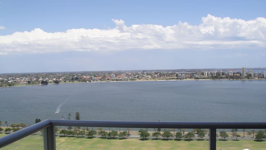 Riverview modern exe apartment - Perth - Apartamento