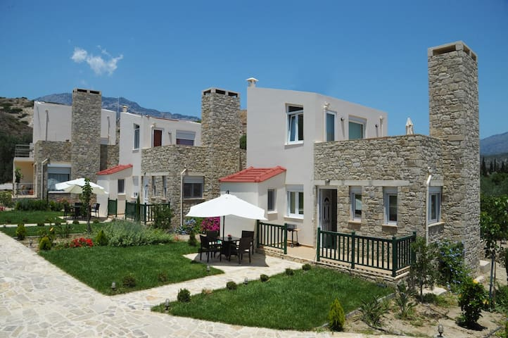 Stone houses - Kopanes - Dom