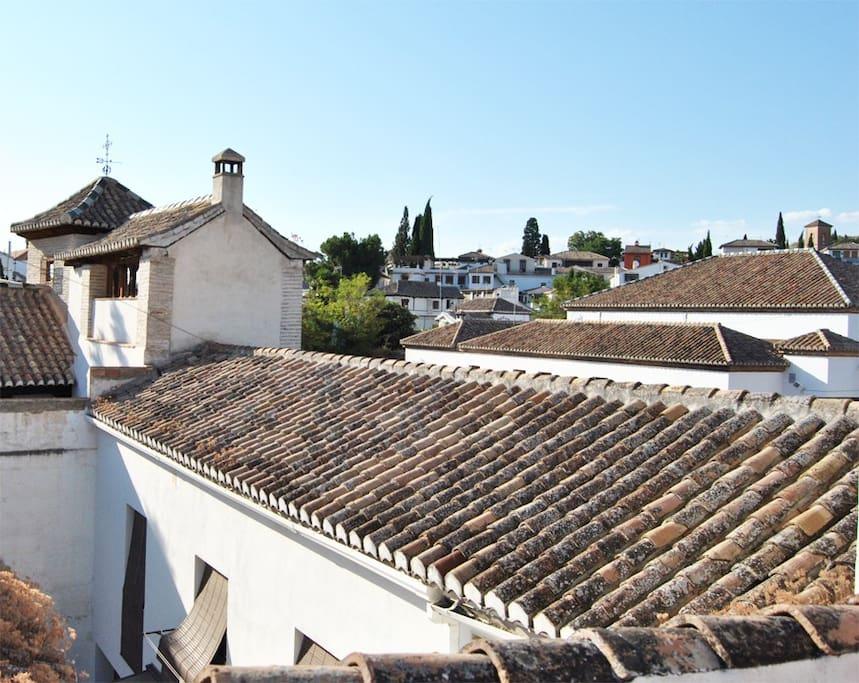 Vista al Albaycin y Sacromonte