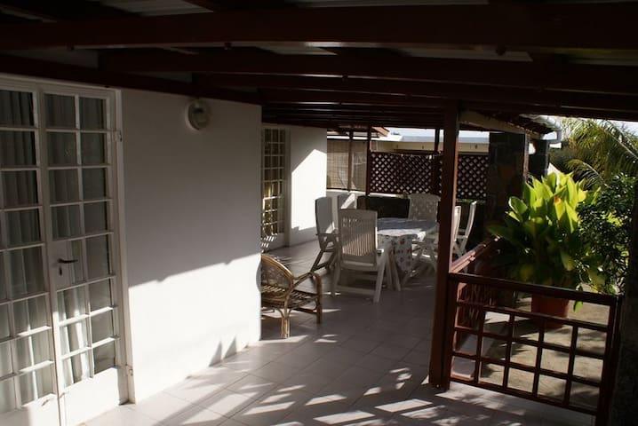 Appartement tout confort avec belle terrasse