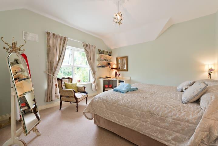 garden bedroom  2 beds double and 1 single .