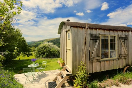 Romantic Shepherd Huts in the Brecon Beacons