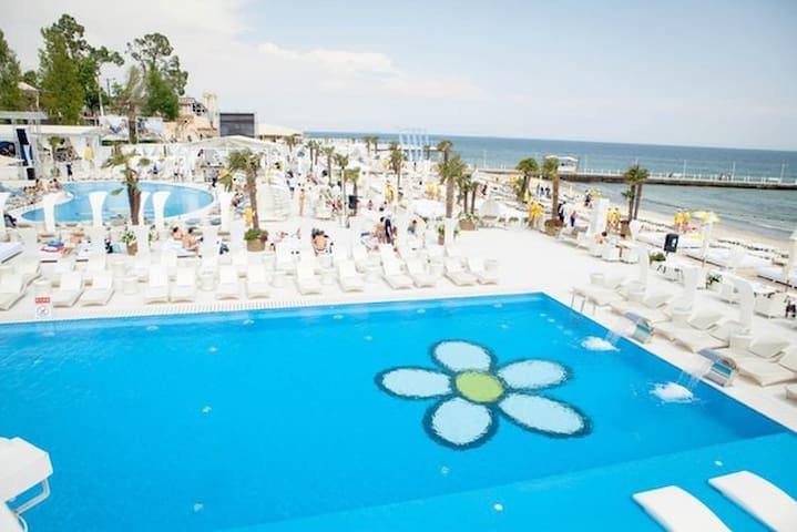 3 rooms flat near sea, Arcadia.24 - Одеса - อพาร์ทเมนท์