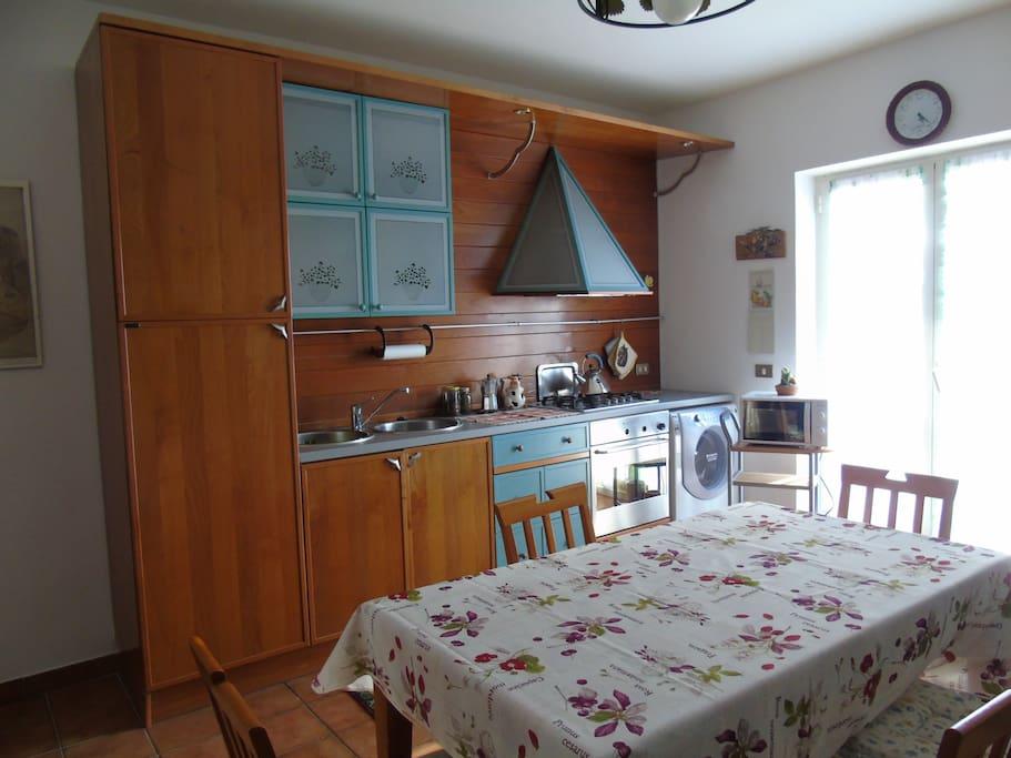 cucina con terrazza