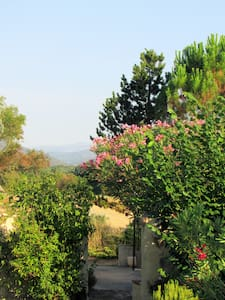 Maison au calme vu sur les Cévennes - Allègre-les-Fumades