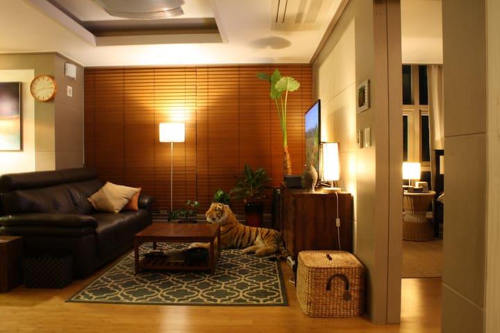 Private bathroom & (real)Helpful Host~! - Yeongdeungpo-gu - Appartement