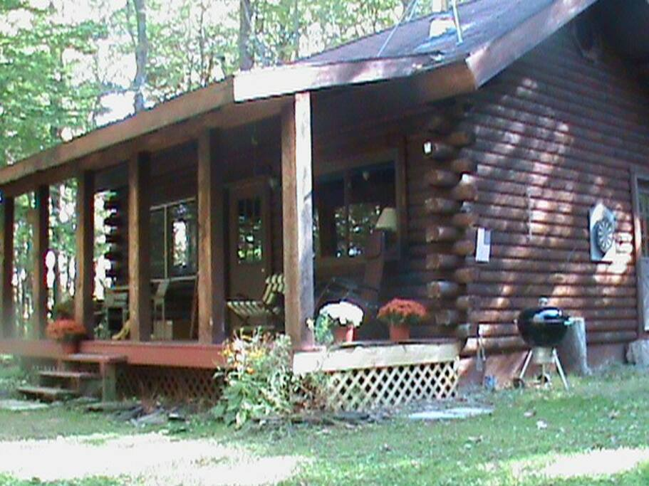 The cabin at Pine Hill Retreat