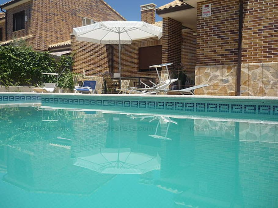 Amazing suite with private bathroom bed and breakfasts - Illescas garden ...