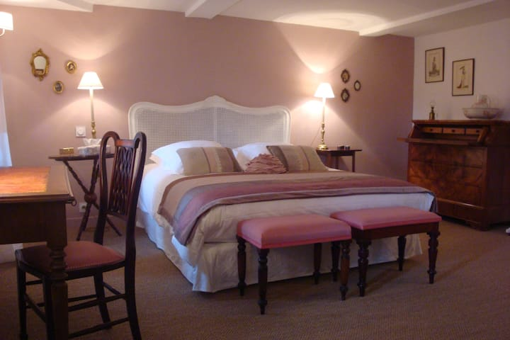 Blanche d'Ô - Chambre Rose - Onesse-Laharie - Bed & Breakfast