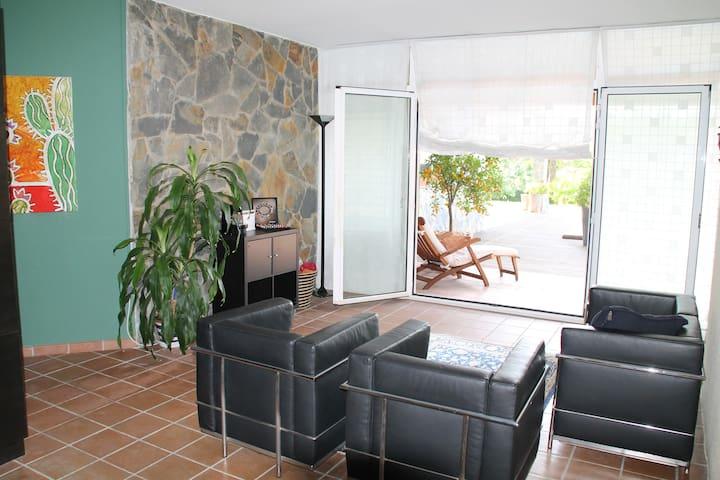 Luxury villa, swimming pool,garden - Castellarnau - Villa