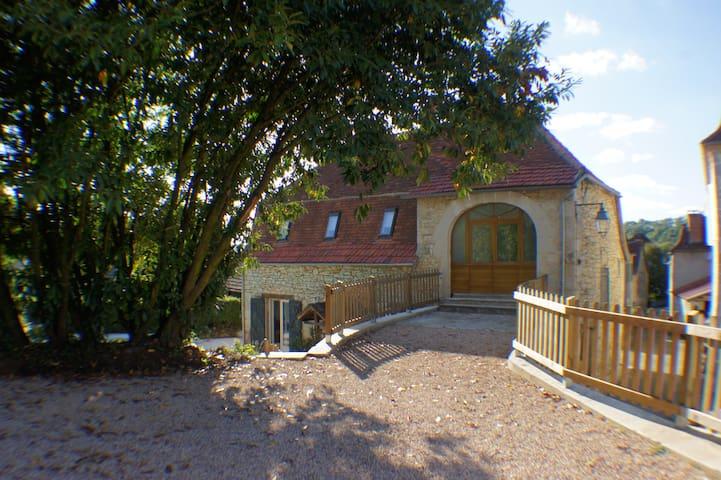 """Gîte """"La Grangette"""" pour 8 personnes - Cornac - House"""