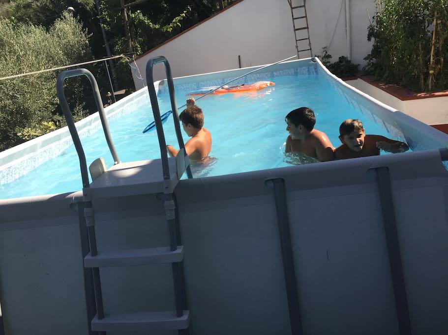 piscina fuoriterra utilizzabile periodo estivo