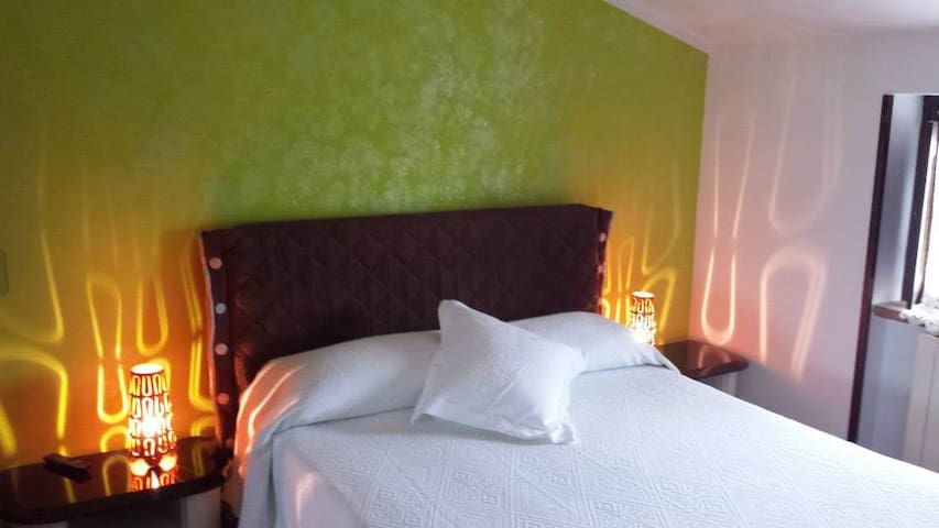 Villa Giuliana B&B - Green Room