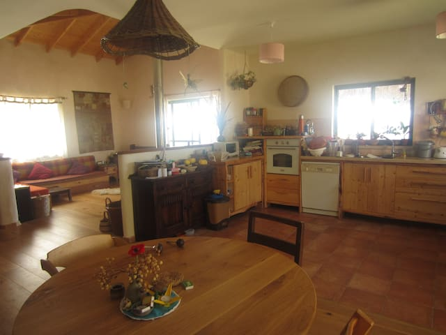 lovely house- available for weekends and holidays - Kibbutz Harduf
