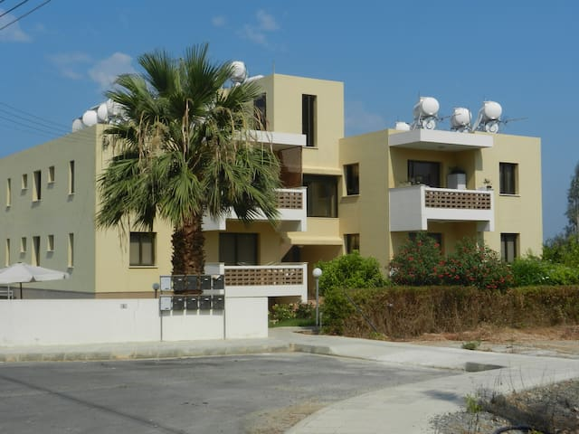 Dora Apartments - Studio - Kissonerga