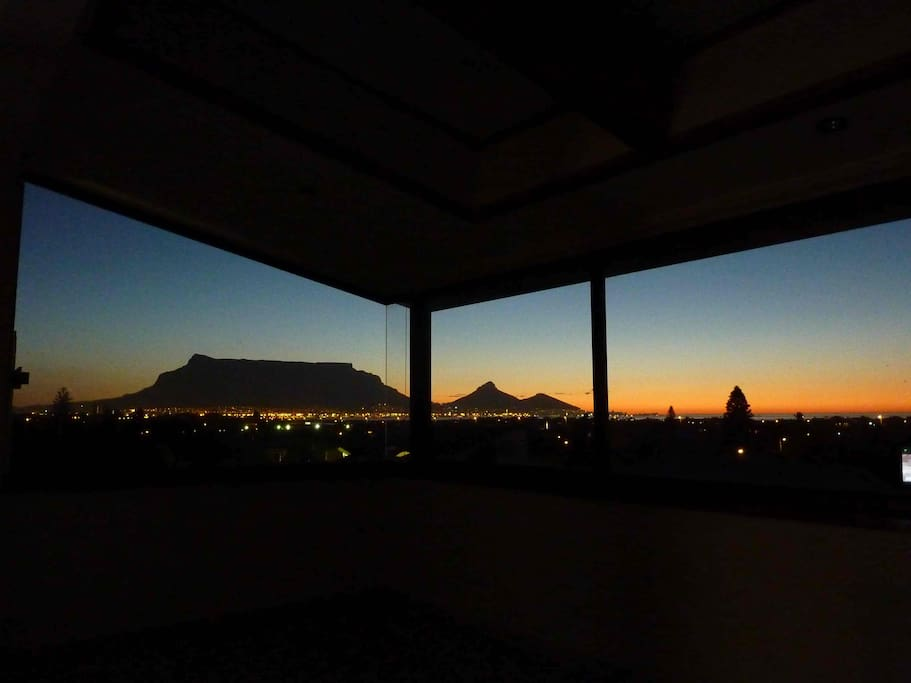 Upstairs with 180 degrees unspoiled sunset view