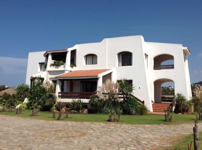 Grande villa en bord de mer