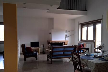 Splendido appartamento relax - Colle - Apartment