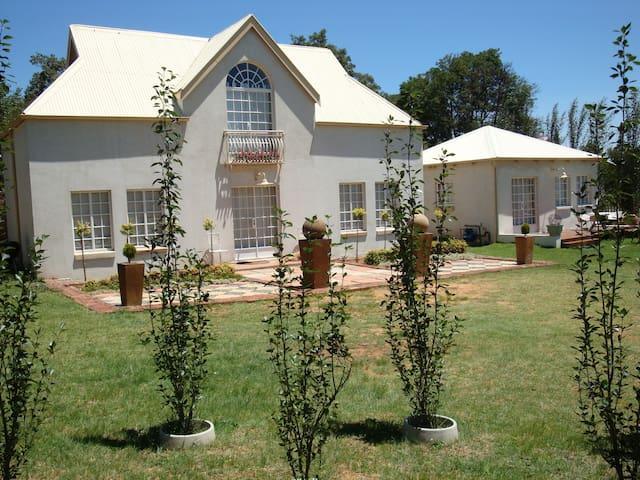 Shekinah Cottage