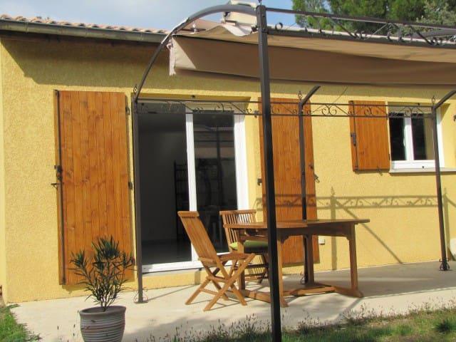 vacation location in Grignan
