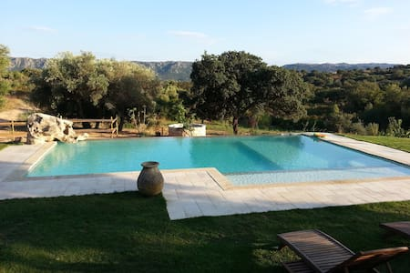 B&B with pool. Sea and countryside - Olbia - Bed & Breakfast