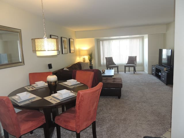 Furnished 2bd,2bath w/Parking&Wifi - Wilmington - Apartemen