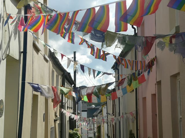 Appledore! A magical stop-over/short stay/retreat