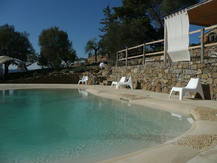Eco-lodges in unspoilt Maremma