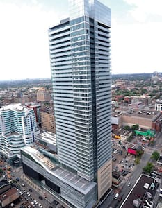 LUXURY 1+1 BR Suite @ TIFF! - Toronto - Apartment