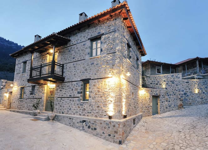 Armonia boutique hotel - Kefalari - Bed & Breakfast