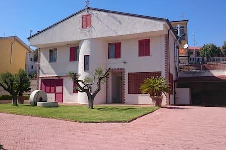 Villa Baione - Tranquility - Romagnano Al Monte