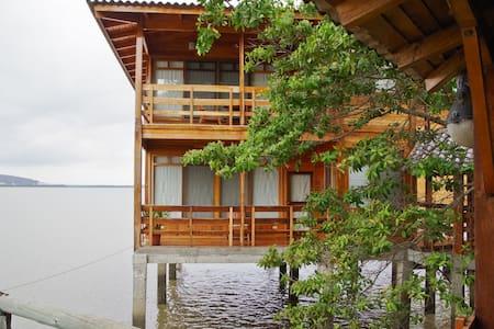 Suite Marina sobre el Agua - Szoba reggelivel