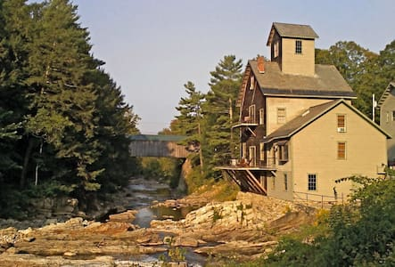 Kingsley Grist Mill historic site - Hus