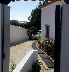 A Casa dos Avós (T3) - Alfeizerão - Villa