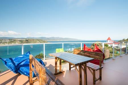 Maison de plage sur 3 mers bleues