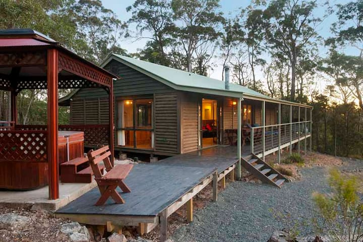Billabong Spa Cabin