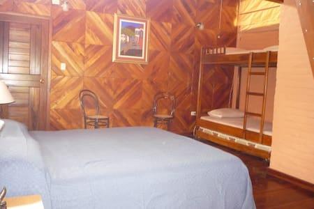 Habitación Matrimonial o Doble - AA - Bahia de Caraquez
