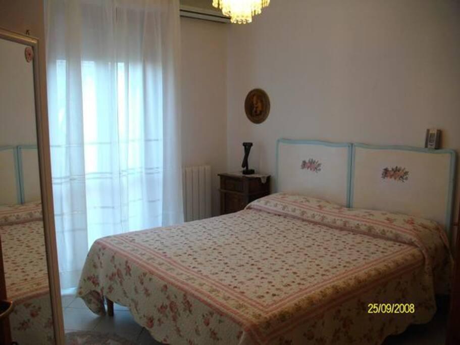 Ottagono camera singola chambres d 39 h tes louer for Chambre d hote sardaigne