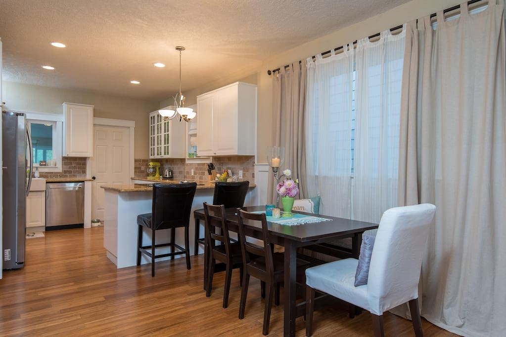 Spacious Dining Room and Kitchen