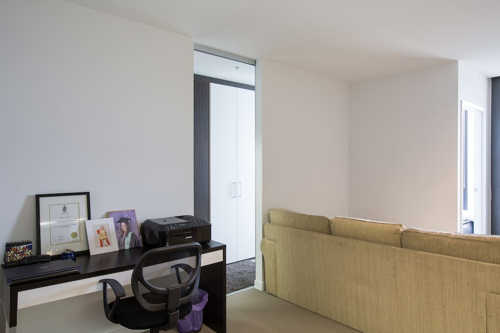 Melbourne Cbd 1 Bedroom Apartment Apartments For Rent In