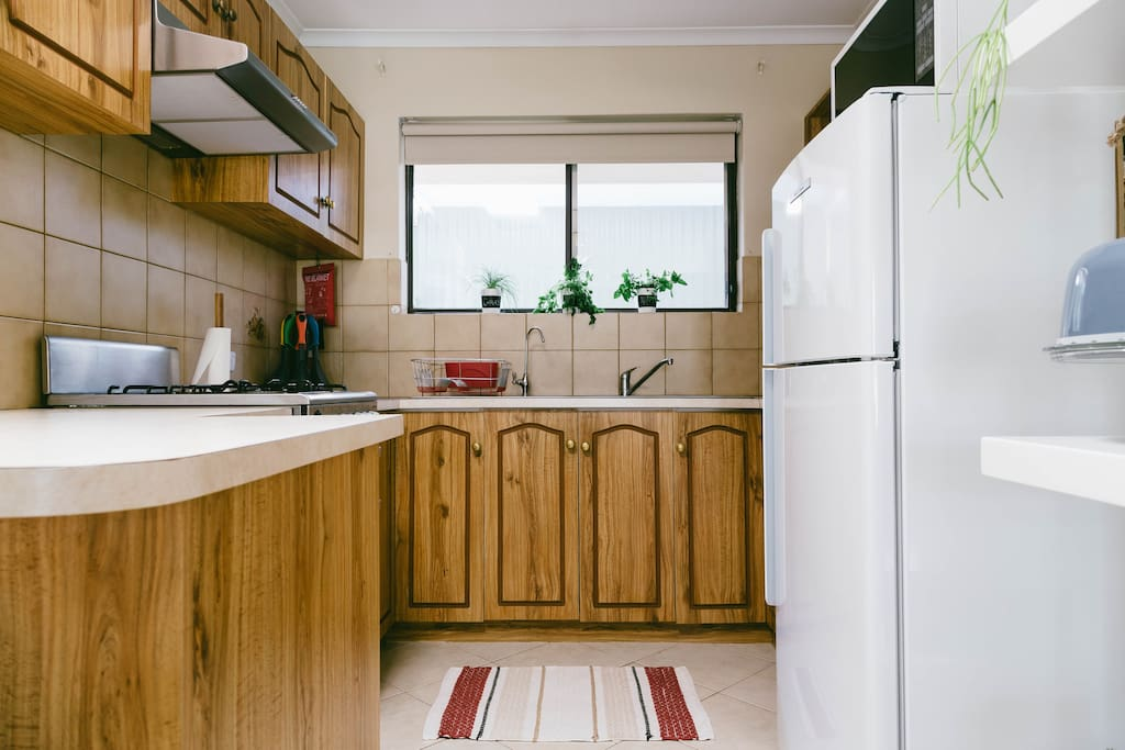 Clean and fully equipped kitchen
