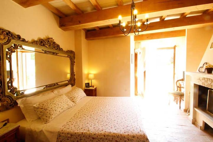 CAMERA DA FAVOLA MONS MAJOR RELAIS - Montemaggiore Al Metauro - Bed & Breakfast