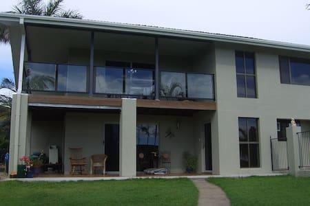 A  home near sea, distant views. - House