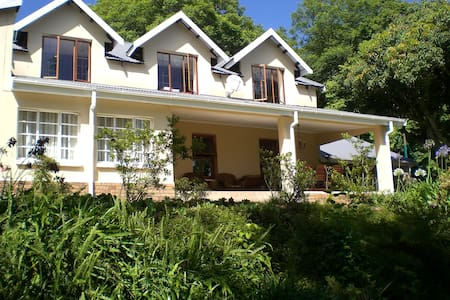 Porcupine Ridge Guest House, Sabie - Sabie - Bed & Breakfast